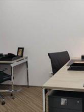 環球金融中心個室オフィス2