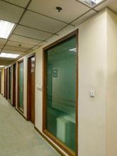 兆豊広場個室オフィス廊下