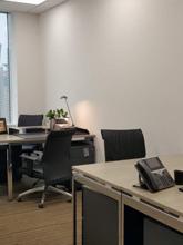 環球金融中心個室オフィス